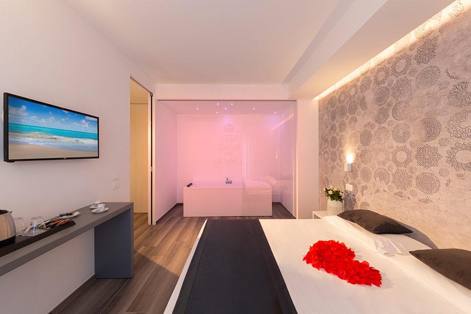 Hotel Mediterraneo Suite Letto