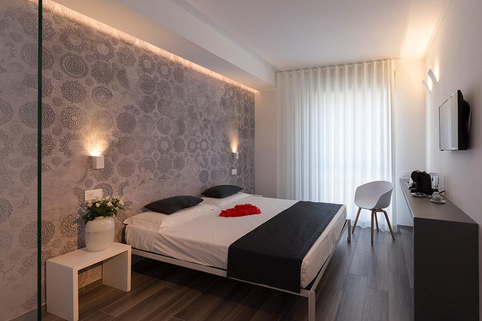Hotel_MHotel Mediterraneo Suite Letto